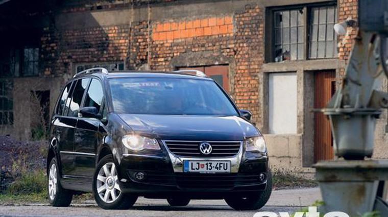 Volkswagen Touran 2.0 TDI DSG Highline (foto: Aleš Pavletič)
