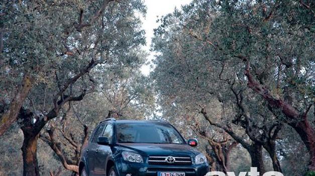Toyota Rav-4 2.2 D-4D X (foto: Aleš Pavletič in Peter Kavčič)