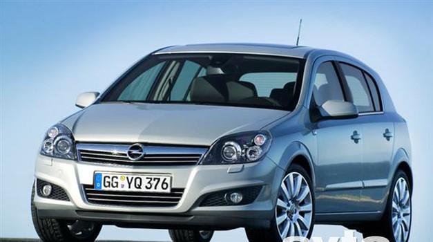Prenovljena Opel Astra v Sloveniji (foto: Opel)