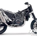 Lahka in močna konstrukcija ter odličen enovaljni motor predstavljata novo poglavje supermoto motociklov za vsakodnevno rabo.