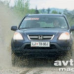 Honda CR-V 2.0i VTEC (foto: Aleš Pavletič)