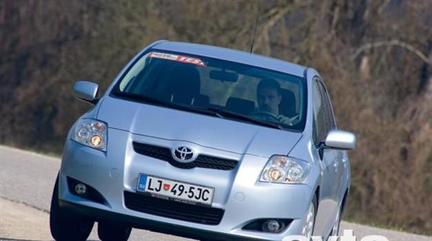 Toyota Auris 1.6 Dual VVT-i Luna (foto: ? Aleš Pavletič)