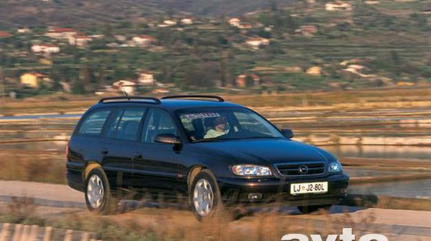 Opel Omega 2.5i V6 Caravan Elegance (foto: Mateja Jordovič - Potočnik)