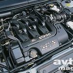 Motor DURATEC 2.5L 24 VALVE DOHC: 2,5-litra, 24 ventilov, po dve odmični gredi v vsaki glavi, 205 KM, 235 Nm in nezgrešljiv, prijetno grgrajoč glas šestvaljnika.
