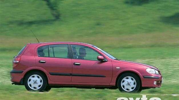 Nissan Almera 1.8 16V Automatic Luxury (foto: Uroš Potočnik)