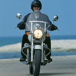 Nevarnost, ki preti lastniku: da motocikel odpelje dekle. (foto: Uroš Potočnik)