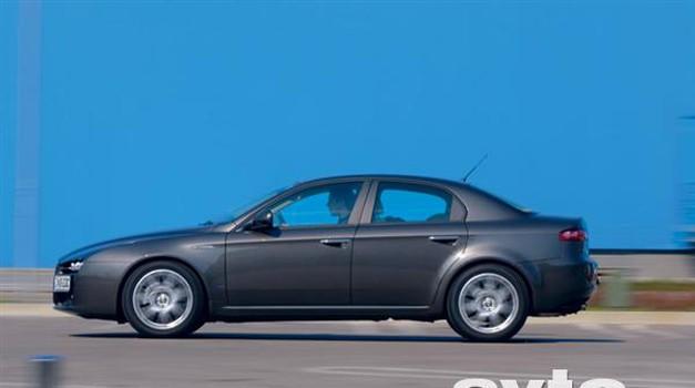 Alfa Romeo Alfa 159 1.9 JTDm 16V Q-Tronic Distinctive