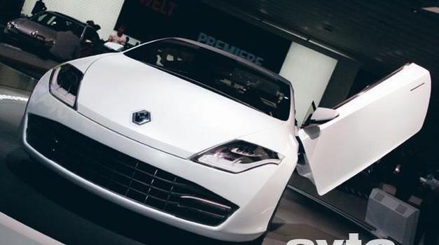 Video: Renault Laguna Coupe Concept (foto: Vinko Kernc)