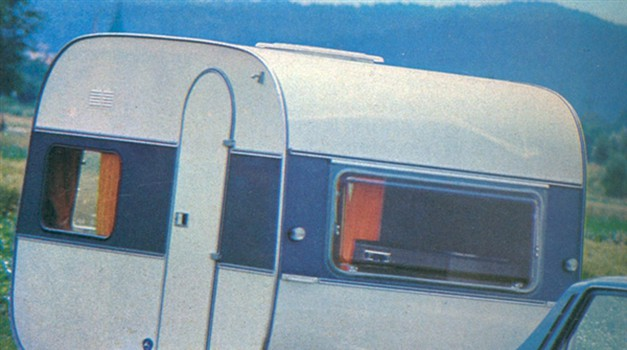 Adria caravan 305