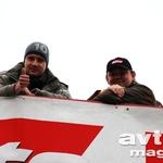 Luka-Marko Grošelj (levo) je o ocenah razpravljal tudi z ostalimi sodniki, med njimi dolgoletnim glavnim urednikom Sport Auta Horstom von Saurmo, ki naj bi ga zaradi njegovega odličnega poznavanja Zelenega pekla kot testnega voznika novega GT-R angažirali pri Nissanu. (foto: Gašper Tršan)