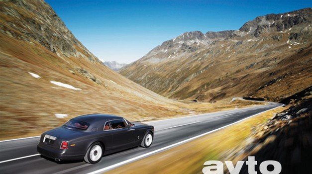 Rolls-Royce Phantom Coupé v Ženevi