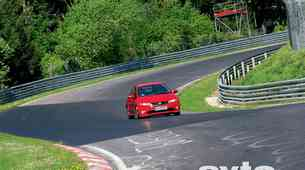 Honda Civic Type-R in Nordschleife
