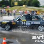 Peter Žvan kljub težavam z avtomobilom na drugi tekmi še vedno vodi v razredu R1. Nepopustljiva vožnja in veliko znanja sta tokrat zadoščala za tretje mesto. (foto: Gašper Tršan)