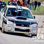 Črn ali bel, Subaru Impreza v Petričevih rokah vedno leti.  (foto: Tadej Pišek)