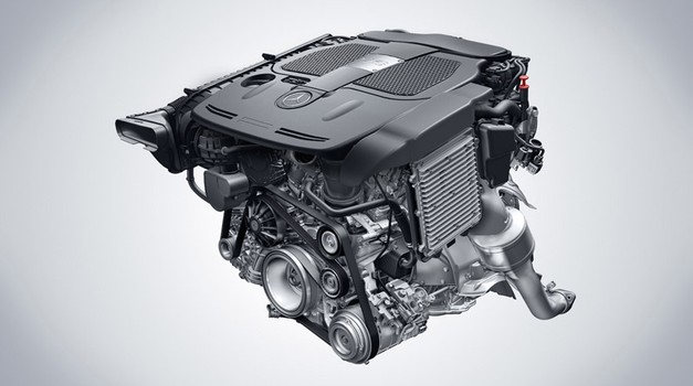 Invazija novih V6 in V8 Mercedes-Benzovih motorjev