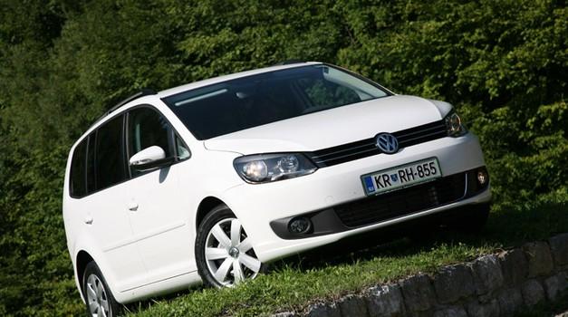 Novo v Sloveniji: Volkswagen Touran (foto: Vinko Kernc)