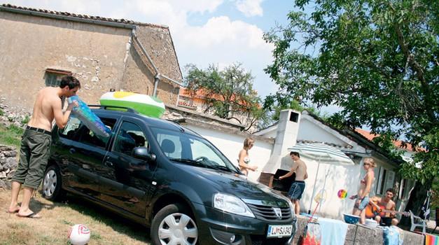 Dacia Logan MCV dCi 85 Black Line (7 sedežev) (foto: Matevž Hribar)