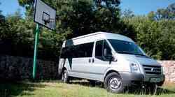 Kratek test: Ford Transit Kombi DMR 350 2.4 TDCi AWD