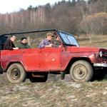 UAZ 469V je naslednik modela GAZ 69, ki je imel motor še pod 'rilcem'. Primož ga je nabavil od lokalnega kmeta za evrskega stotaka. (foto: Matevž Hribar)
