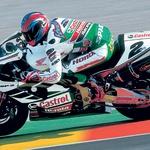 V začetku novega tisočletja so vsa japonska moštva v SBK že uporabljala slovenske izpuhe. S Colinom Edvardsom so prvič osvojili prvenstvo superbike. (foto: Aleš Pavletič, arhiv tovarne Akrapovič)