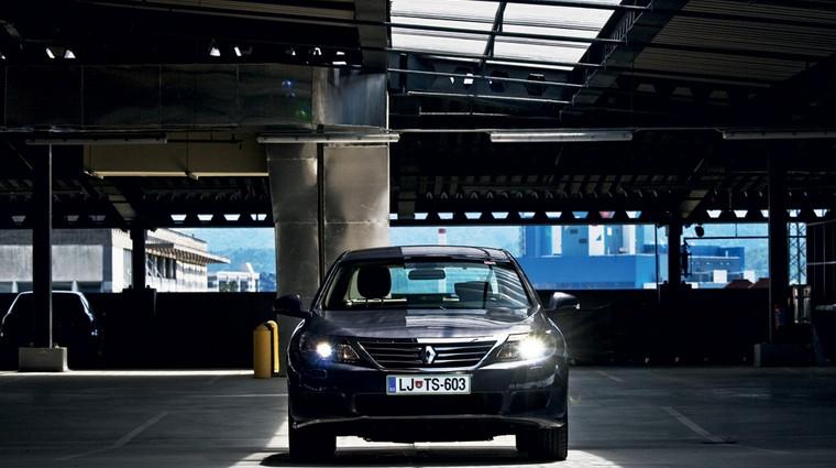 Kratek test: Renault Latitude dCi 240 (foto: Saša Kapetanovič)