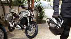 Honda Crosstourer (foto in video)