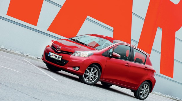 Test: Toyota Yaris 1.33 Dual VVT-i Sport (foto: Aleš Pavletič)