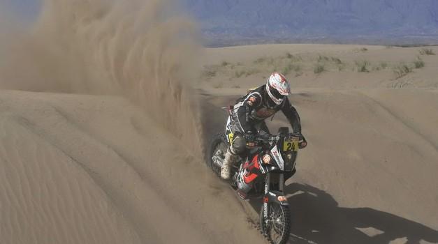 Dakar 2012, 5. etapa: Stanovnik s peskom gasil požar in končal na 34. mestu (foto: Maindru)