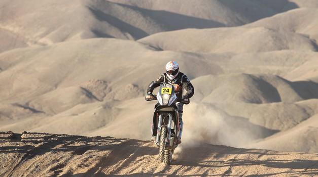 Dakar 2012, 9. etapa: Stanovnik zabredel v reko, zmaga Rodriguesu (foto: Maindru)