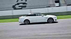 Vozili smo: Jaguar XKR-S in XJ Supersport