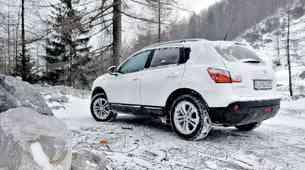 Kratek test: Nissan Qashqai 1.6 dCi (96 kW) 4WD Tekna Pack