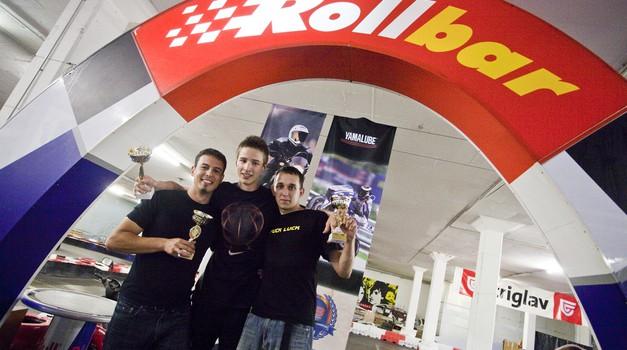 Najhitrejši trije (iz leve proti desni): Matjaž Hočevar (3. mesto), Jaka Drozg (1. mesto), Robert Markič (2. mesto). (foto: Saša Kapetanovič)