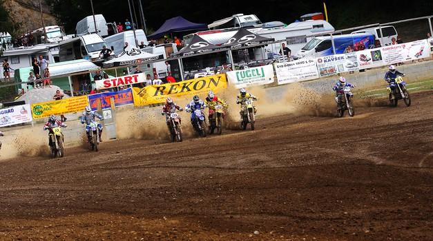 Poročilo po motokros dirki: Šentviški ples v blatu (foto: AMD Šentvid)