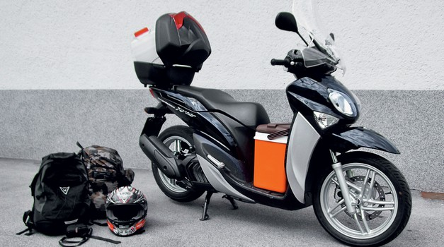 Test: Yamaha Xenter 150 - uporabnost na prvem mestu (foto: Matevž Hribar)