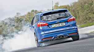 Test: Ford Focus Wagon 2.0 EcoBoost (184 kW) ST