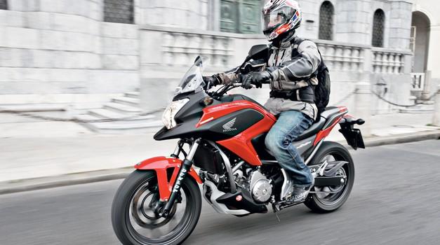 Honda NC700X: poštena mera (foto: Aleš Pavletič)