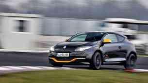 Kratki test: Renault Megane Coupe R.S. 2.0 T 165 Red Bull Racing RB7