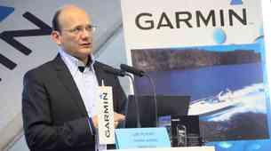 Garmin: padec prodaje avtomobilskih navigacij in ohranitev tržnega deleža