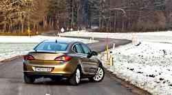 Kratki test: Opel Astra Sedan 1.7 CDTI (96 kW) Cosmo (4 vrata)
