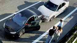 """Prihranite pri zavarovanju avtomobila: res rabite """"klasiko""""?"""