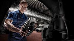 Video: Mercedesova himna za zaposlene