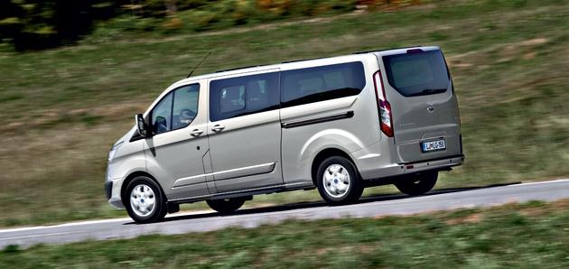 ford tourneo custom vs hyundai h1