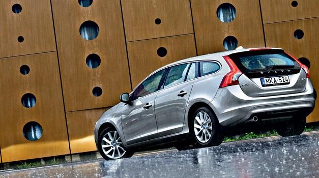 Kratki test: Volvo V60 D4 Summum (foto: Saša Kapetanovič)