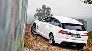 Na kratko: Jaguar XF Sportbrake 2.2D (147 kW) Luxury