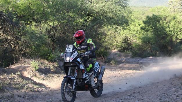 Dakar: Stanovnik pet etap pred koncem zaseda 28. mesto (foto: Maindru)