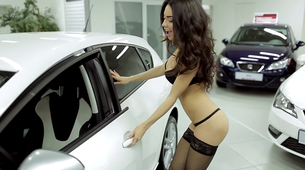 Seksi oglasi za avtomobile, ki jih morate videti