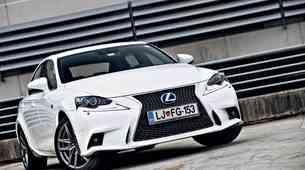 Test: Lexus IS 300h F-Sport Premium