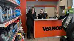 Petrol tudi s servisno delavnico Tip Stop Vianor