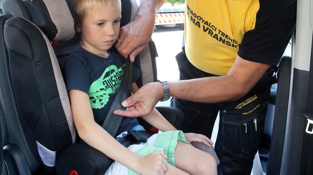 Poskrbite za varnost otrok! (foto: AMZS)