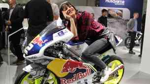 Ženski pogled na Salon motociklov v Milanu